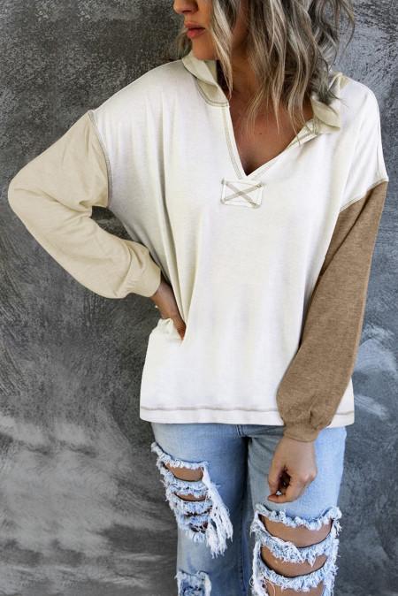 Sudadera con capucha de manga larga con cuello en V de color caqui