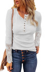 Top de botones de manga con dobladillo de encaje de crochet blanco