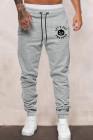 Серые мужские брюки с эластичной резинкой на талии и принтом тыквы с буквенным принтом на Хэллоуин