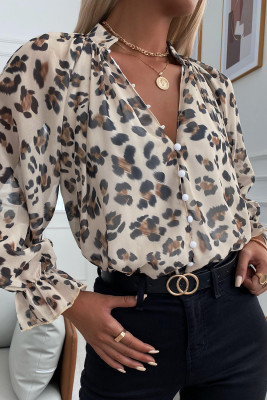 Camisa con botones y manga farol con cuello en V y estampado de leopardo