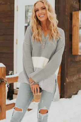 Серый вязаный свитер с длинным рукавом на пуговицах