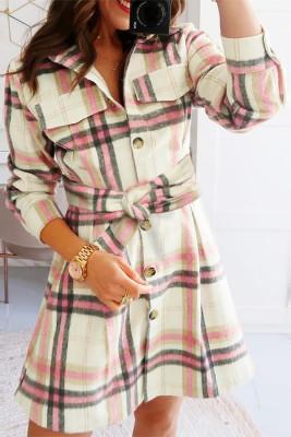 Minivestido de camisa con bolsillo con botones de tartán rosado
