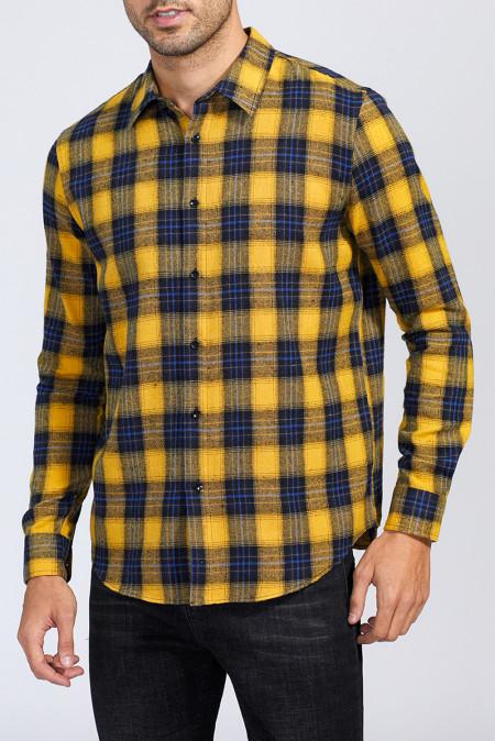 Желтая мужская рубашка с принтом в клетку на пуговицах
