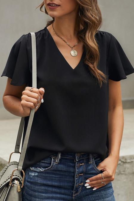 Camiseta negra de manga corta con cuello en V
