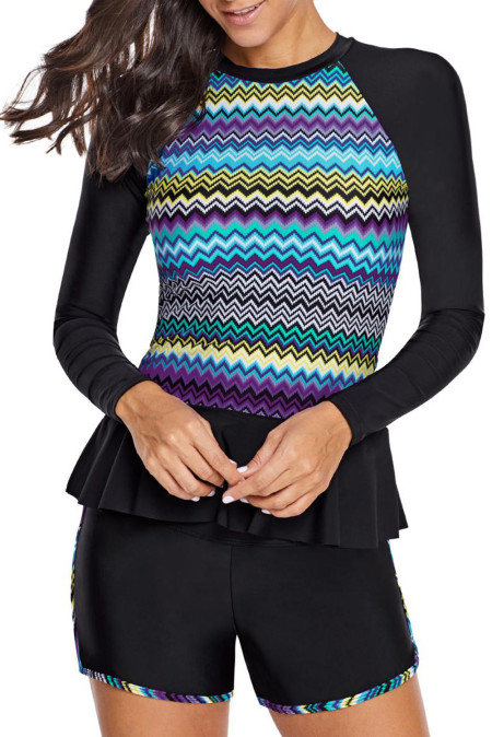 Shorty et short d'accent de zigzag multicolores