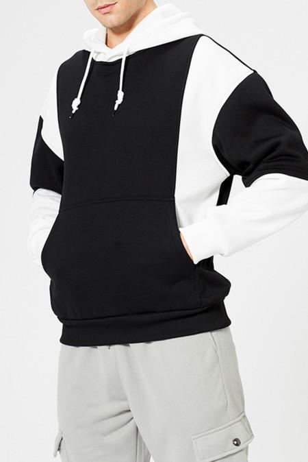 Черный мужской пуловер с цветными блоками с капюшоном с длинным рукавом