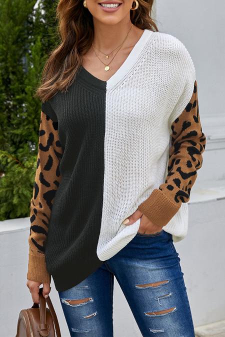 Свитер контрастного цвета с V-образным вырезом и леопардовым принтом